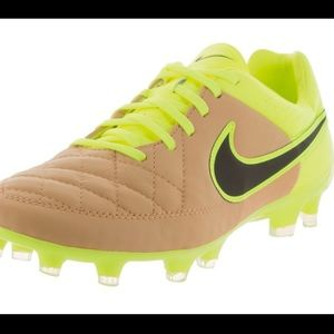 Nike Shoes - Men's Nike Cleats - Soccer